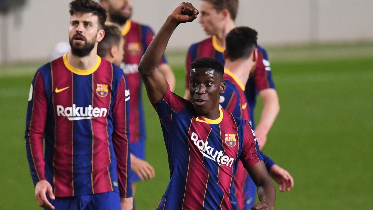 Ilaix Moriba, durante un partido con el Barça. (Getty)