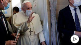 El papa Francisco a su llegada a Irak. Foto: AFP