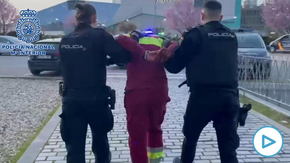 Un conductor de ambulancia fuera de servicio degüella a un enfermero en el Hospital de Alcalá de Henares