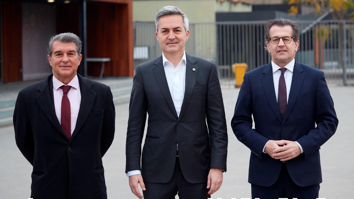 Joan Laporta, Víctor Font y Toni Freixa. (EFE)