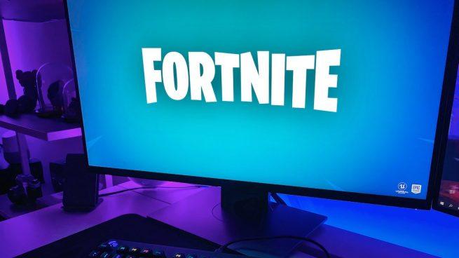 joven jugador Fortnite