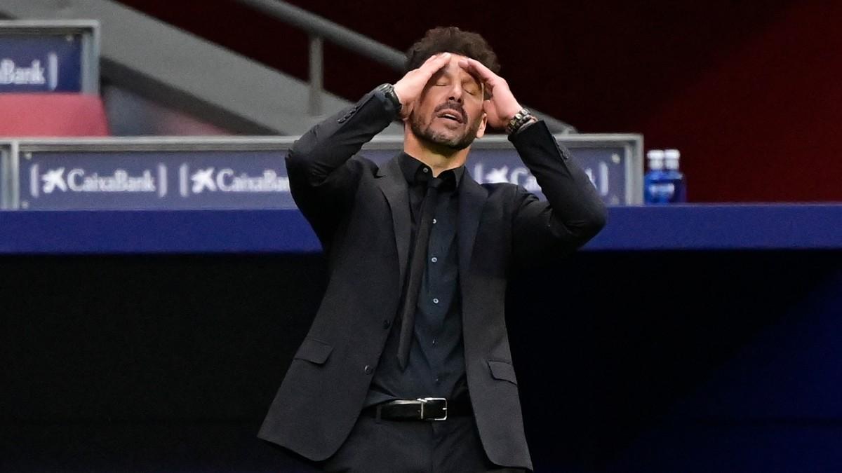 Simeone, durante un partido del Atlético. (AFP)