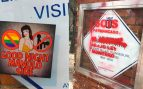 Atacan la placa de 'La Veneno' con pegatinas y pintadas contra el colectivo trans: «Abajo ley Montero»