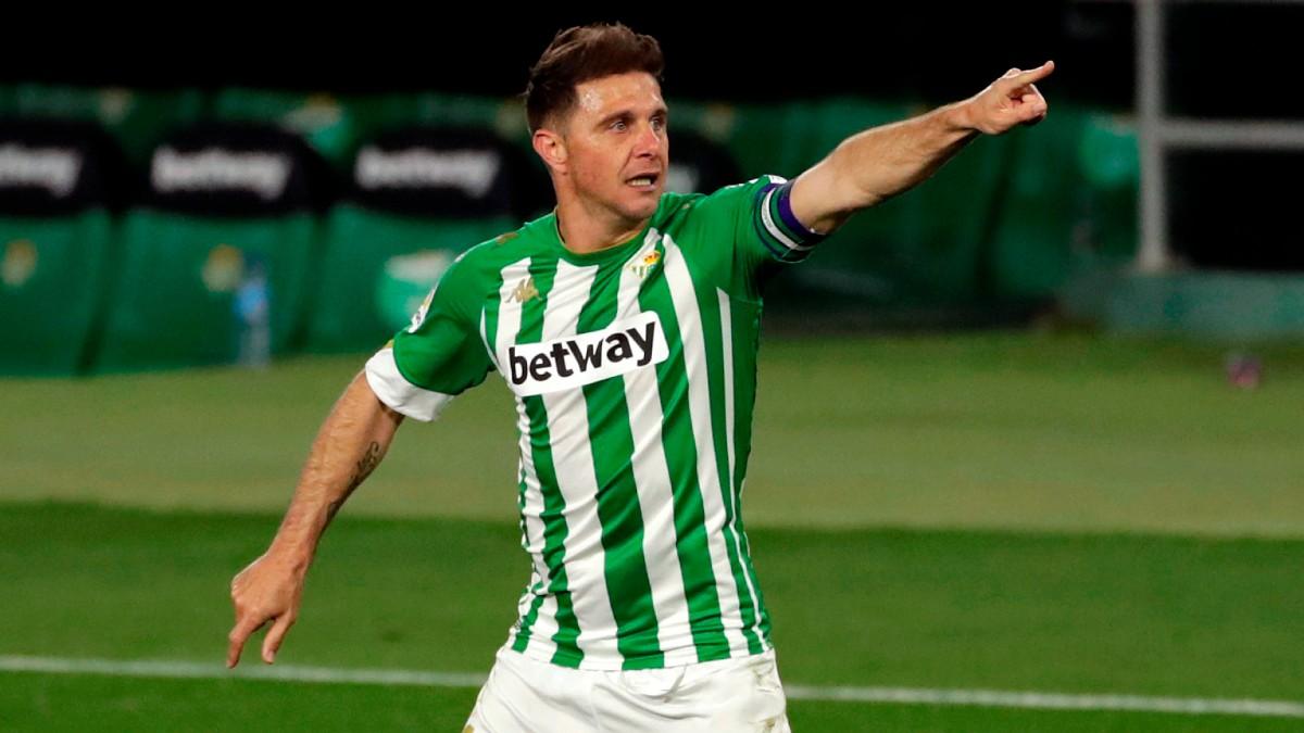 Joaquín celebra su gol al Alavés. (EFE)