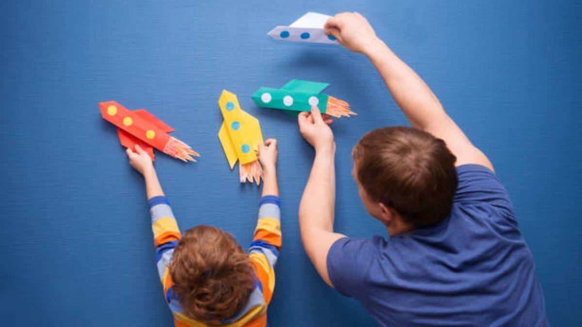 Reciclar cosas en casa puede servirnos para crear bonitas manualidades para el Día del Padre