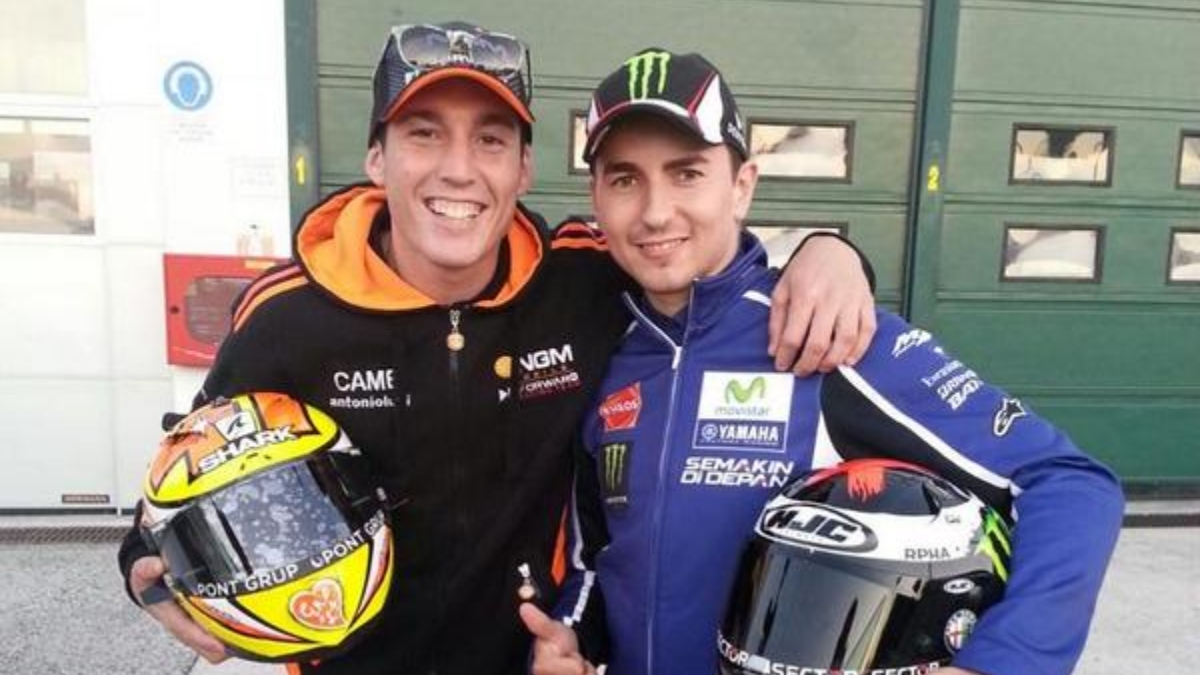 Aleix Espargaró y Jorge Lorenzo en una foto antigua
