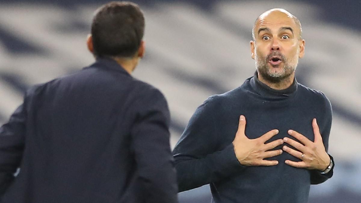 Pep Guardiola, en un partido con el City. (AFP)