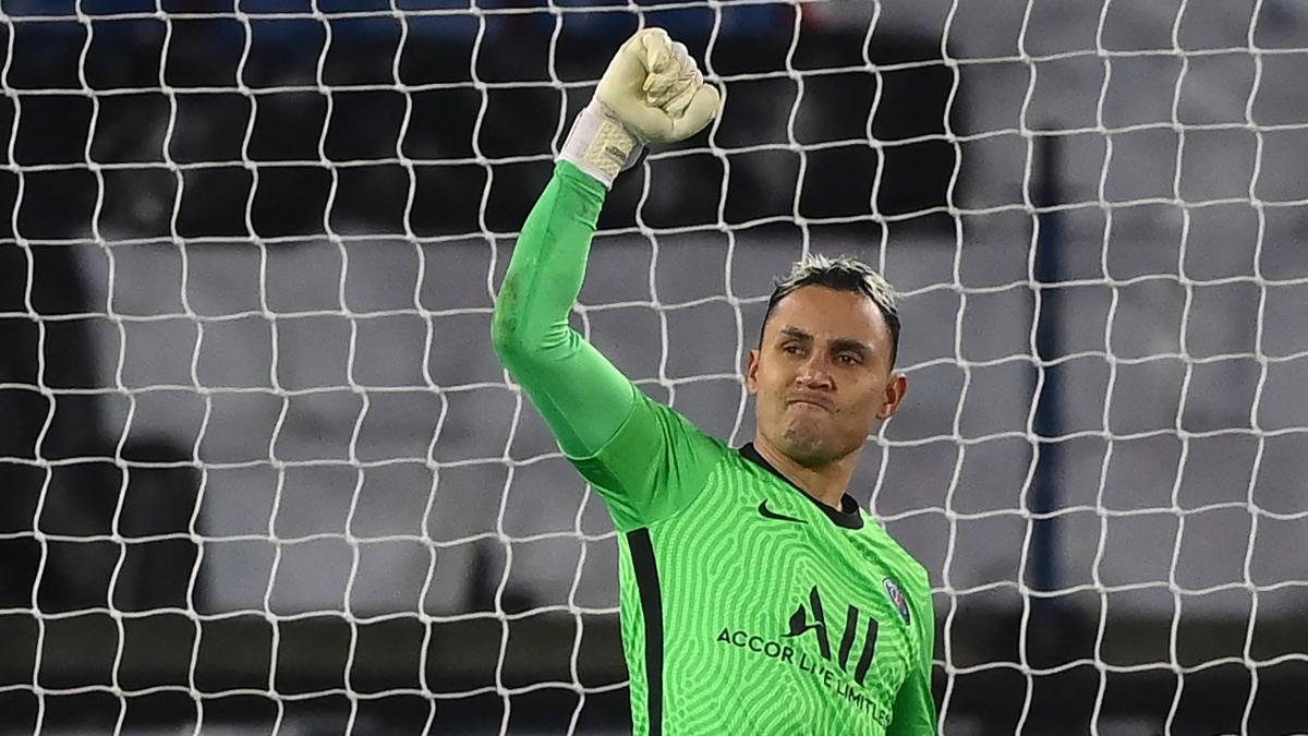 Keylor Navas completó un partido redondo ante el Barça que condenó las aspiraciones de los culés. (AFP)