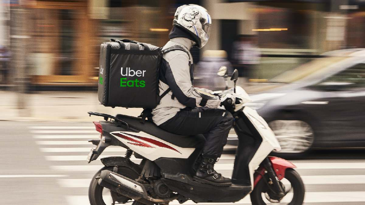 Uber Eats, junto con Glovo y Deliveroo uno de los principales afectados