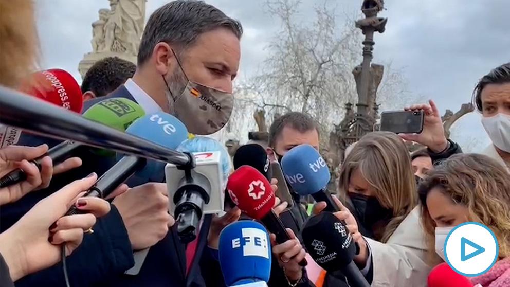 Santiago Abascal antes de entrar al Parlament