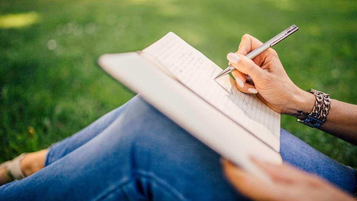 El bolígrafo puede causar fricciones en el dedo