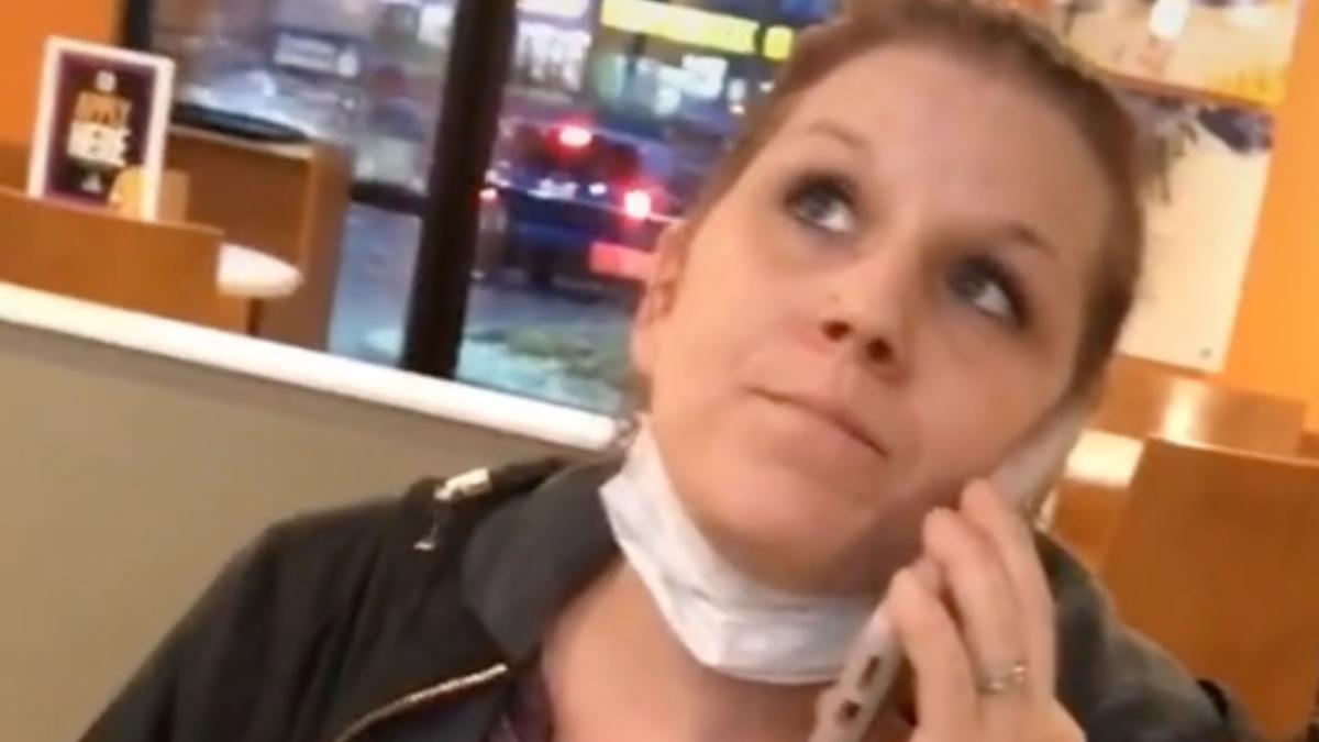 La mujer se ha hecho viral en TikTok