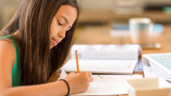 ayudar niño memorizar