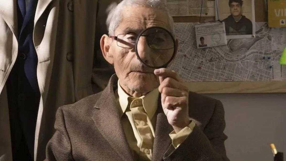 Una escena de 'El agente topo', documental con producción española nominado a los premios Oscar 2021.