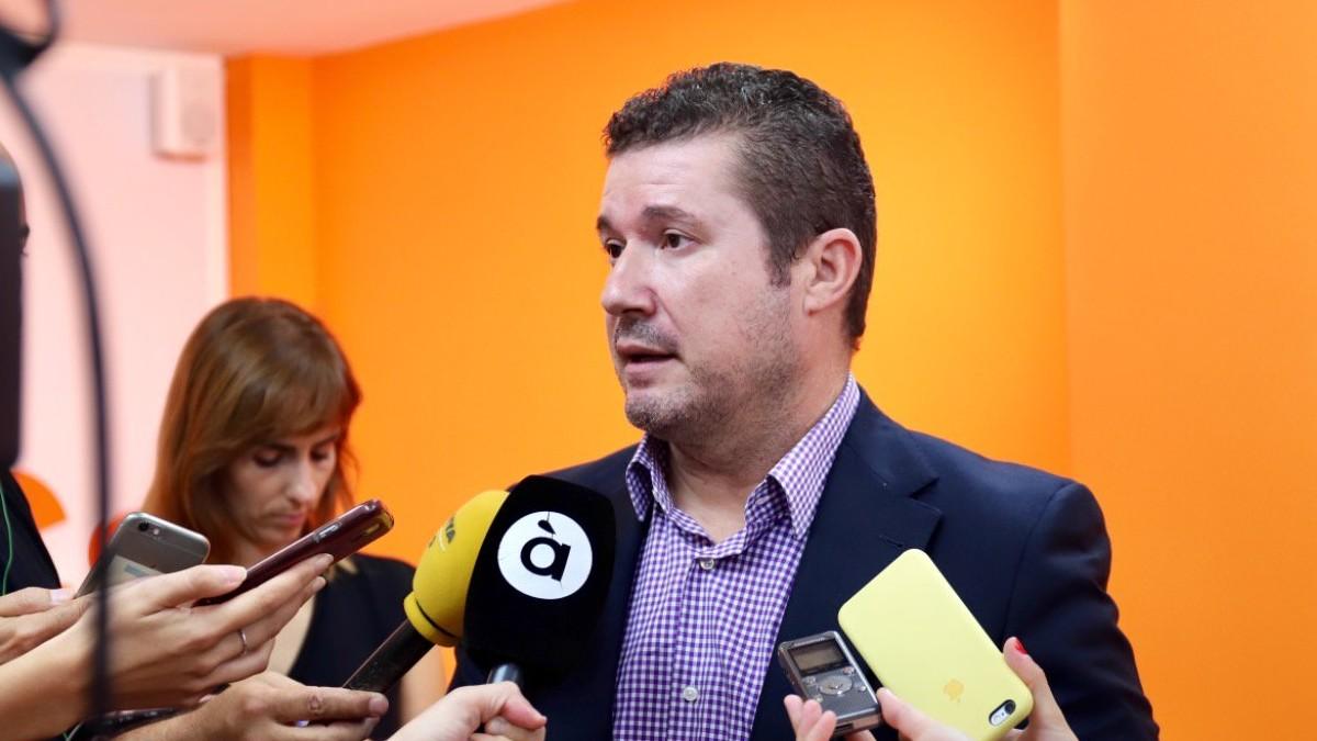 Emilio Argüeso, senador valenciano de Ciudadanos. (Foto: @CsCValenciana vía Twitter)