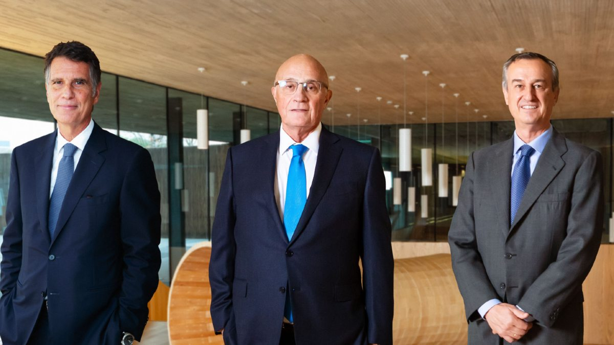 Jaume Guardiola, Josep Oliu y César González Bueno