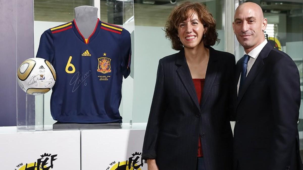 Luis Rubiales e Irene Lozano van a pactar la vuelta del público a los estadios.