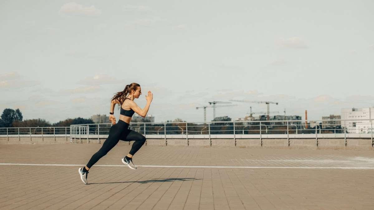Adelgazar es uno de los beneficios del running