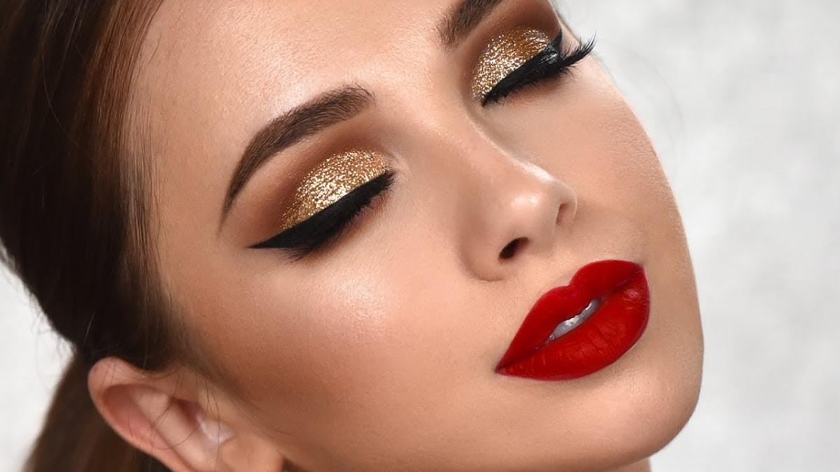 El dorado queda espectacular en maquillaje