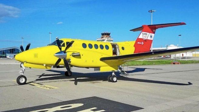 Sanidad convoca de urgencia el concurso del avión ambulancia de Melilla por el fiasco de Eliance