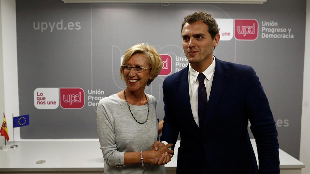 Los líderes de UPyD, Rosa Díez, y de Ciudadanos (C's), Albert Rivera, en 2014. Foto: EP