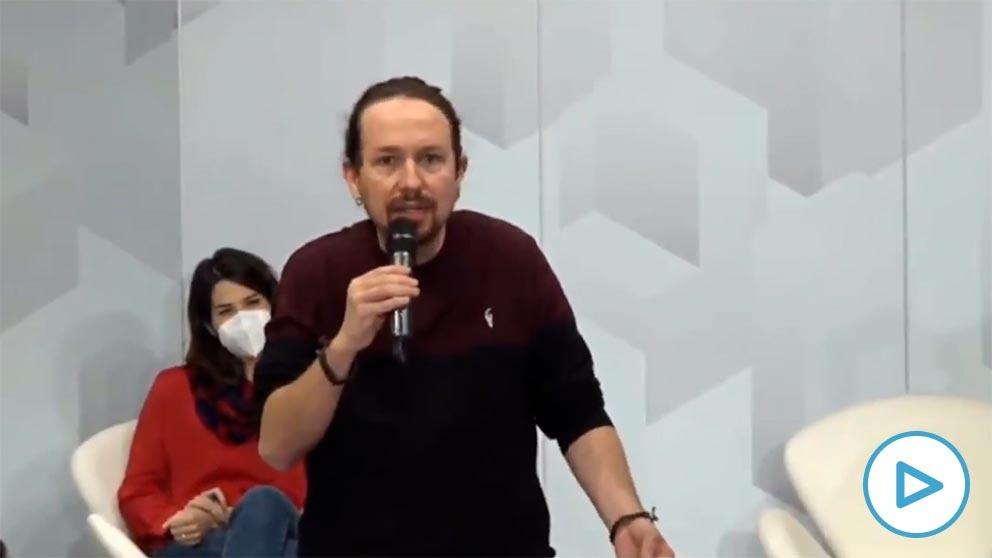 El líder de Podemos, Pablo Iglesias, en un acto del partido sobre la vivienda este domingo.