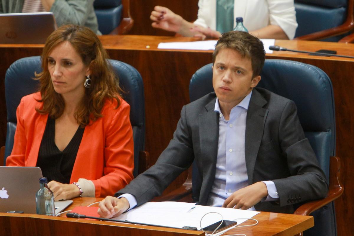 Mónica García e Iñigo Errejón en la Asamblea de Madrid.