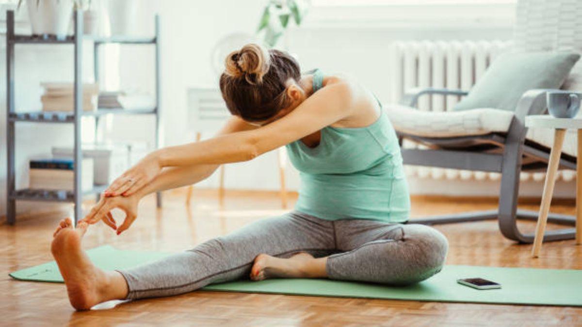 Cómo ejercitarse en casa durante el embarazo