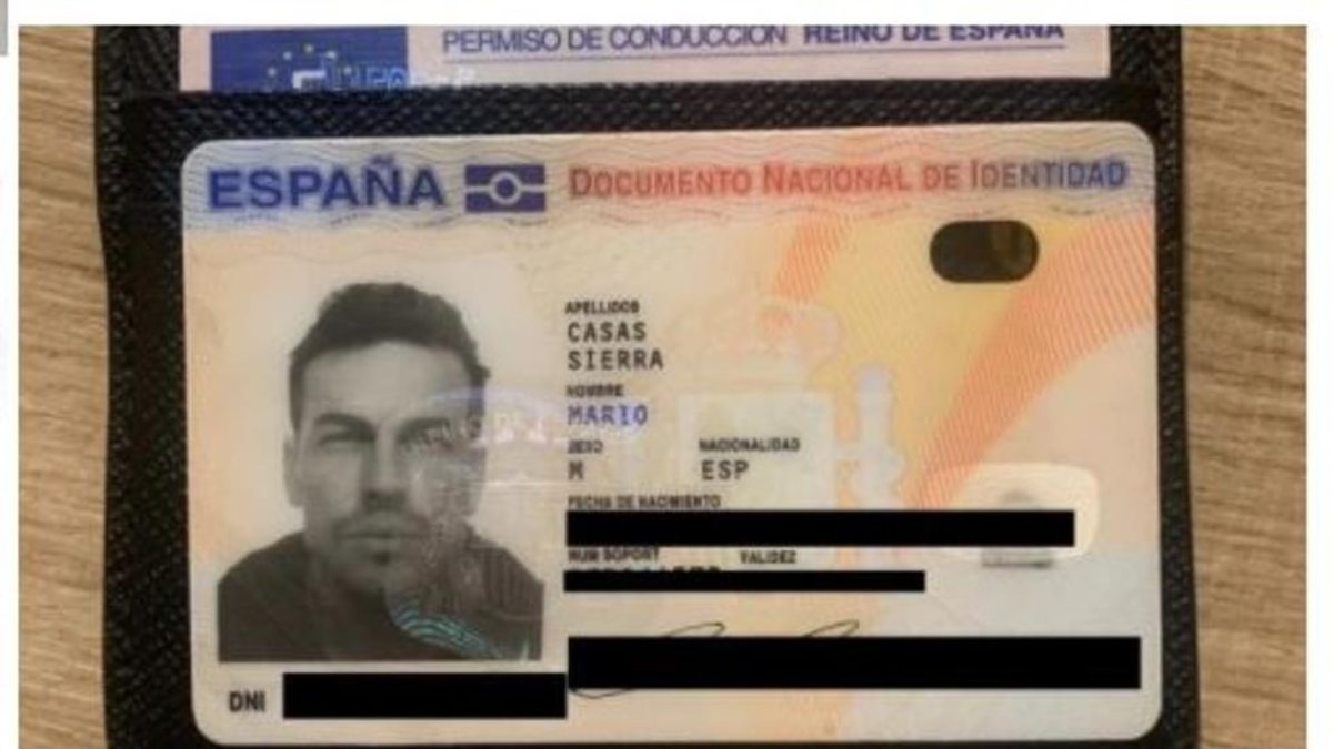 Encuentra la cartera de Mario Casas perdida en Madrid y lo explica en Twitter