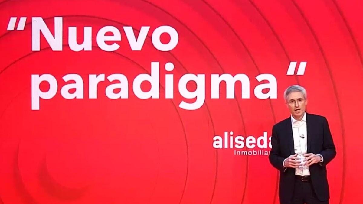 El consejero delegado de Aliseda, Ramón Mendiluce, durante la presentación de la plataforma 'online' de viviendas