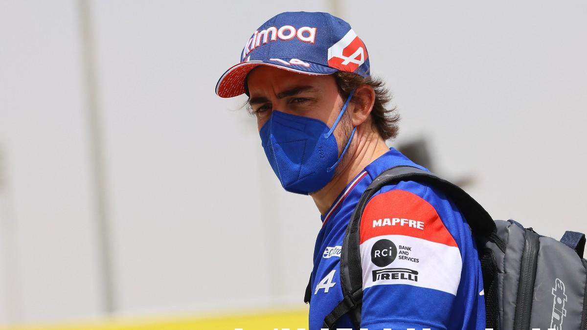 Fernando Alonso, con los colores de Alpine. (AFP)
