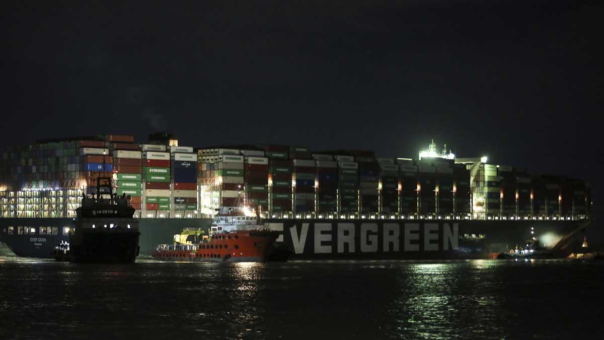 El buque Ever Given. Foto: Europa Press