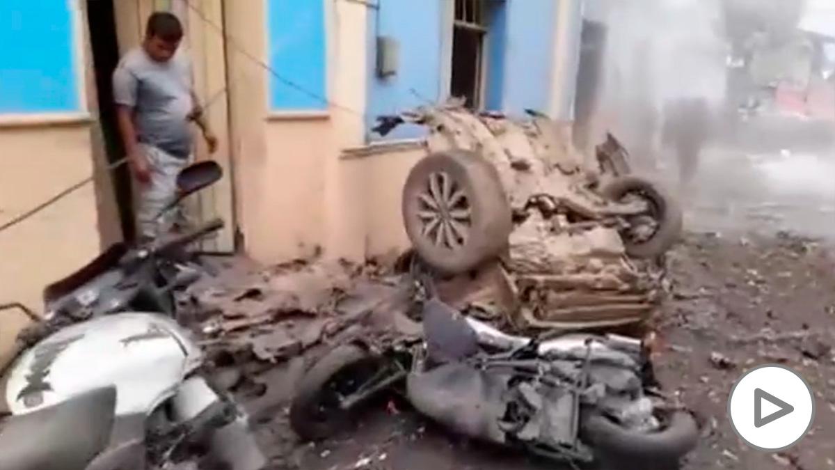 Un coche bomba deja al menos 16 heridos en Colombia.