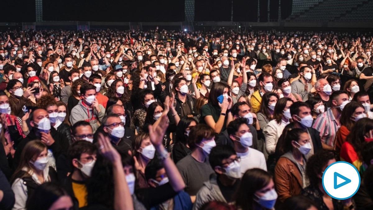 Concierto de Love of Lesbian en Barcelona tras el cribado a los 5.000 asistentes. (Foto: Pau Venteo – Europa Press)