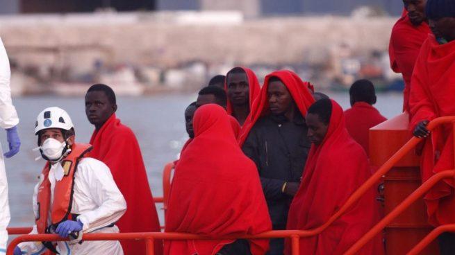 Llegan a Andalucía cinco nuevas pateras con 60 inmigrantes: más de 100 ilegales en las últimas 24 horas