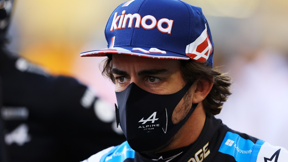 Fernando Alonso, antes de una carrera. (Getty)