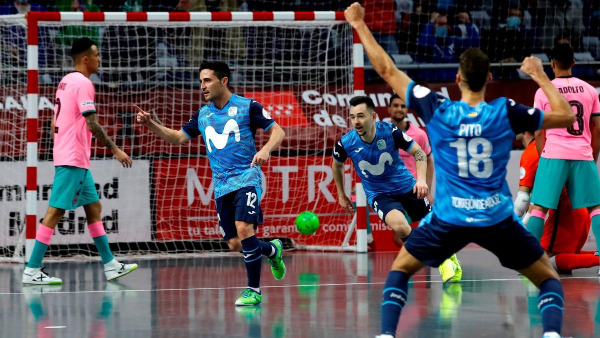 Borja celebra uno de los goles de la final. (EFE)