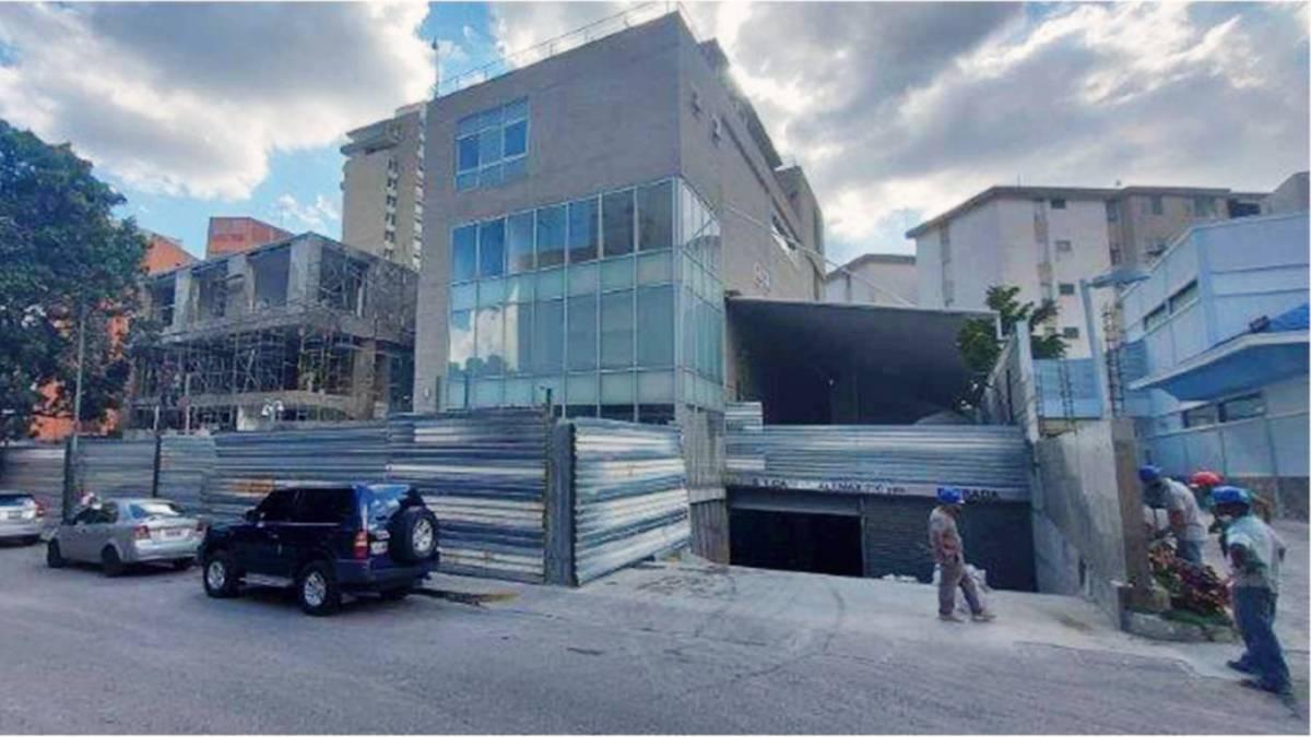 Los trabajos de acondicionamiento de la nueva Embajada de España en Venezuela.