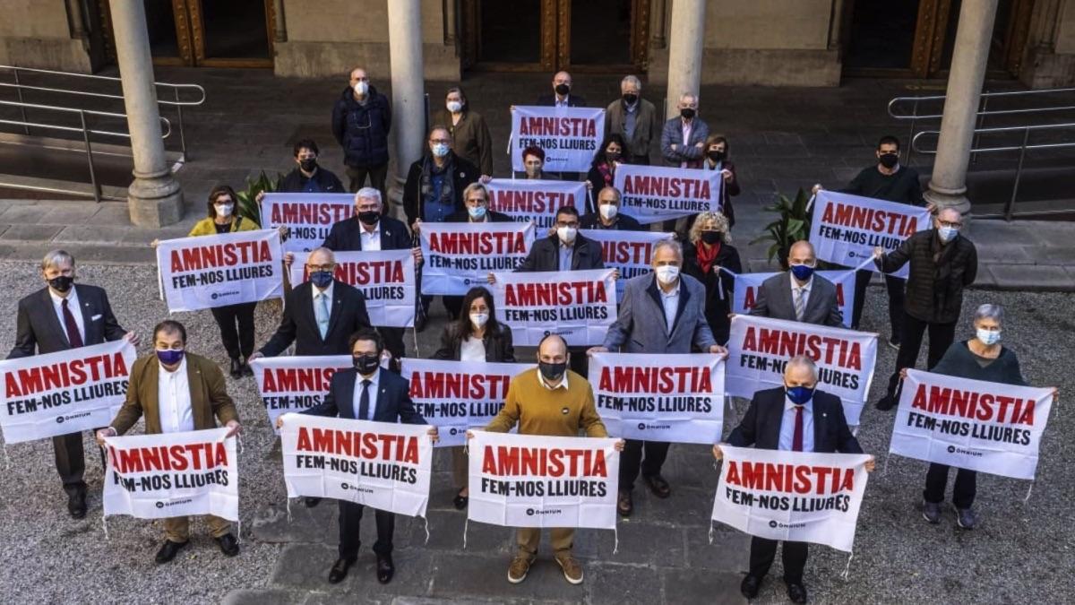 Rectores de universidades públicas catalanas exigen la amnistía para los presos del 1-O. (Foto: EP)