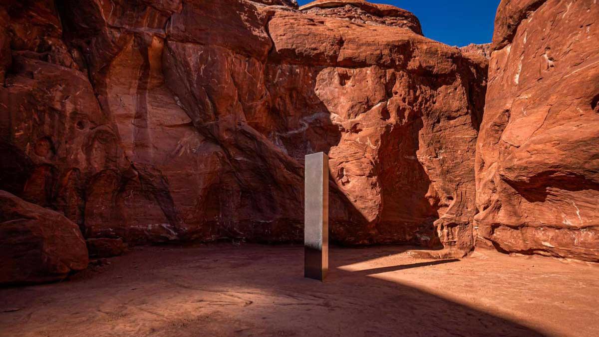 El monolito metálico que apareció en medio de la nada en el desierto de Utah (EEUU).