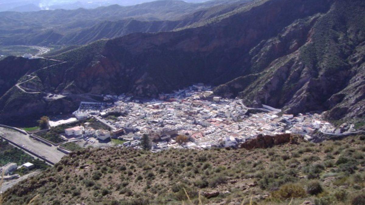 Almería.-Coronavirus.-La alcaldesa de Alboloduy afirma que han actuado «por encima de las normas» para contener el virus
