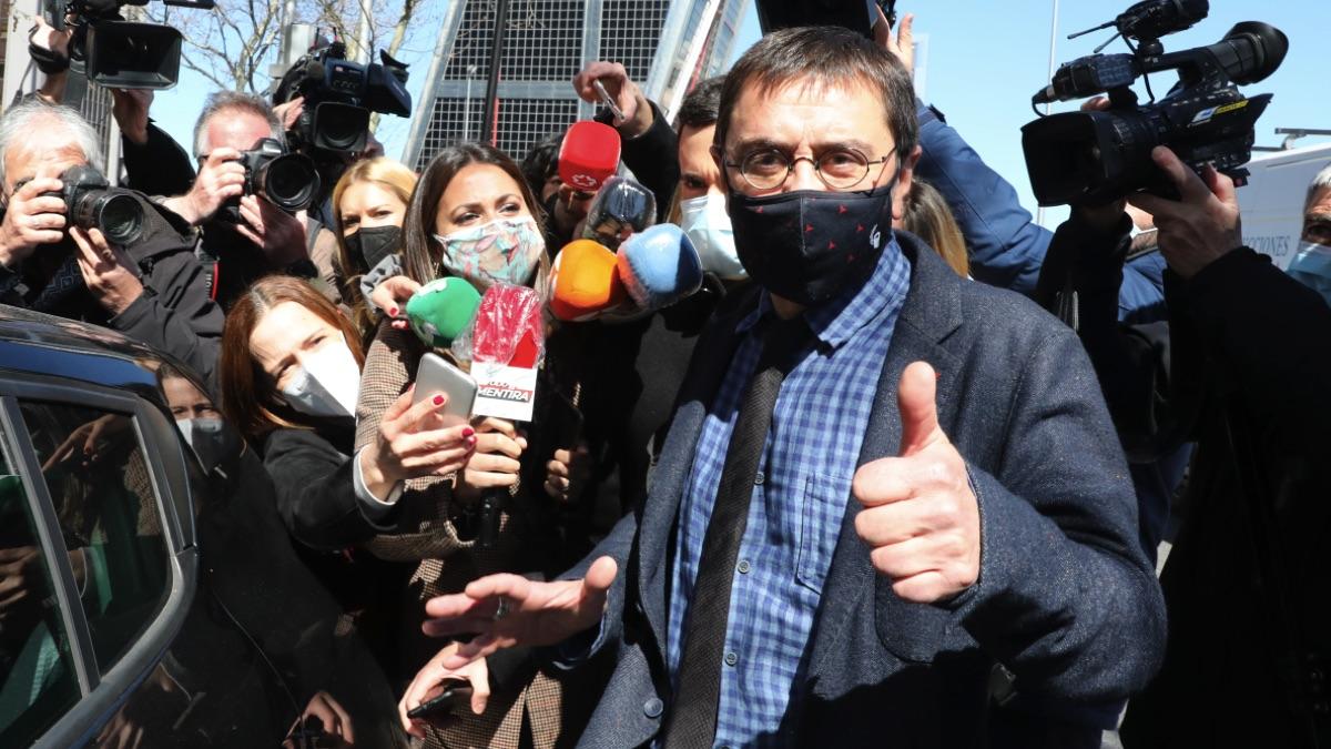Juan Carlos Monedero en la declaración en el 'caso Neurona'. (Foto: Europa Press)