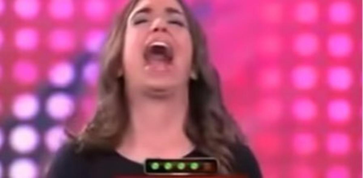 """Elena Furiase es tendencia en Twitter los últimos 12 años por su: """"abril-cerral"""""""