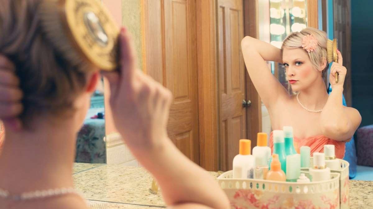 Un buen cepillado es básico cada día para cuidar el cabello