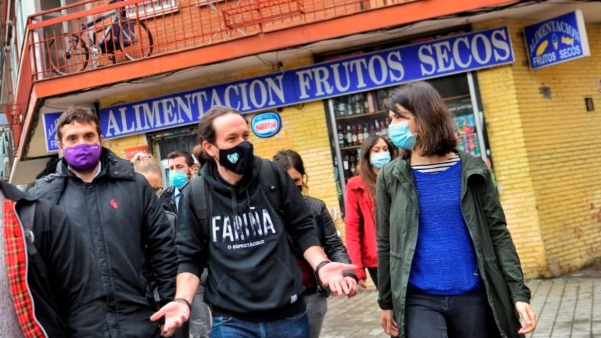 Pablo Iglesias haciendo campaña en Vallecas.