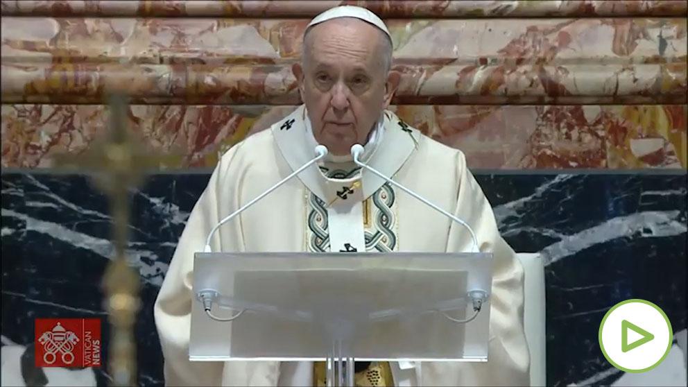 El Papa Francisco celebra una misa de Resurrección atípica.