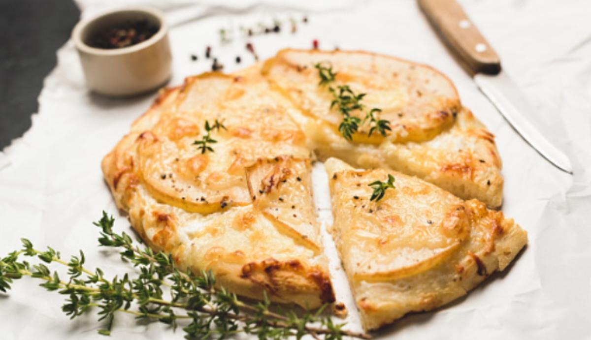 Focaccia de queso y hierbas provenzales, una receta de entrante saludable
