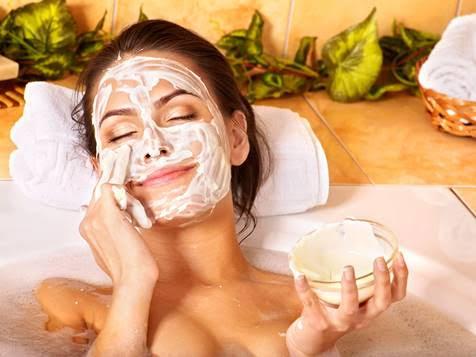 ¿Cuáles son las diferencias entre un producto sanitario y uno cosmético?