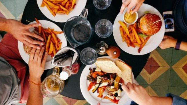 Los alimentos que es mejor no tomar si no quieres un sistema inmune debilitado