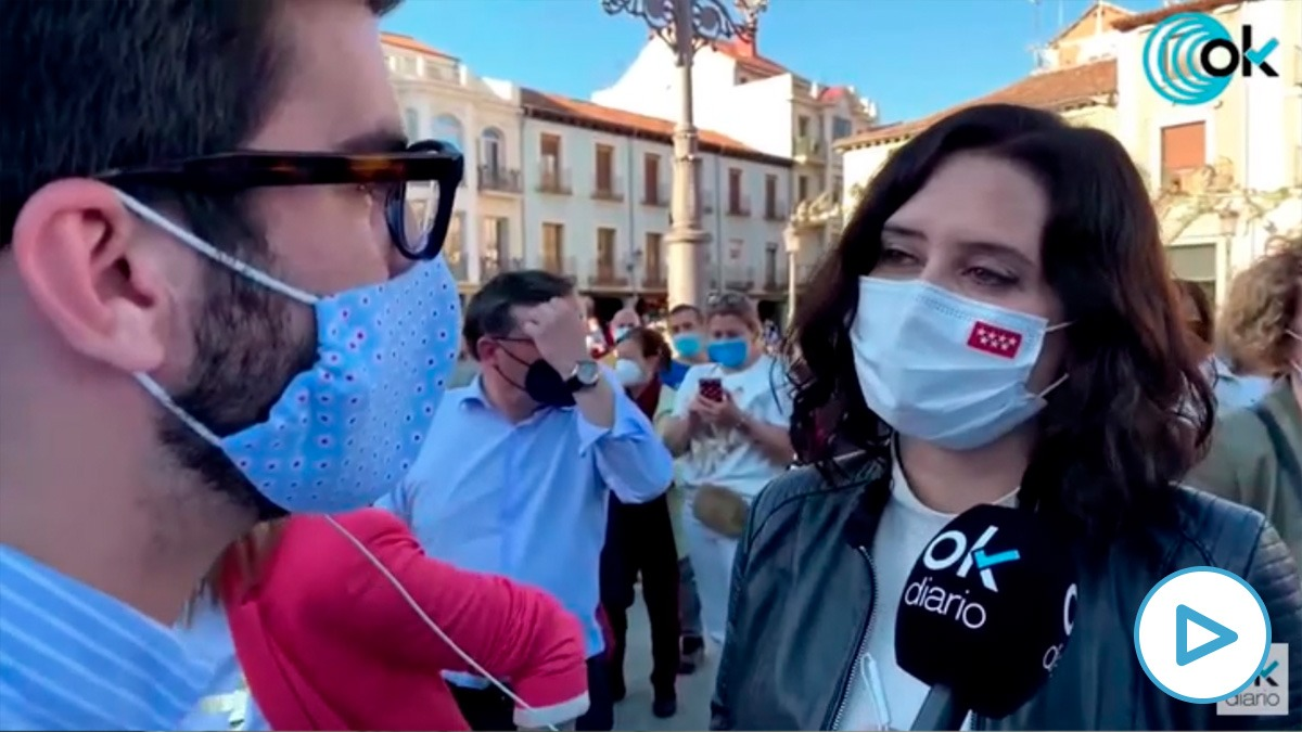 Isabel Díaz Ayuso atiende a OKDIARIO en Alcalá de Henares.